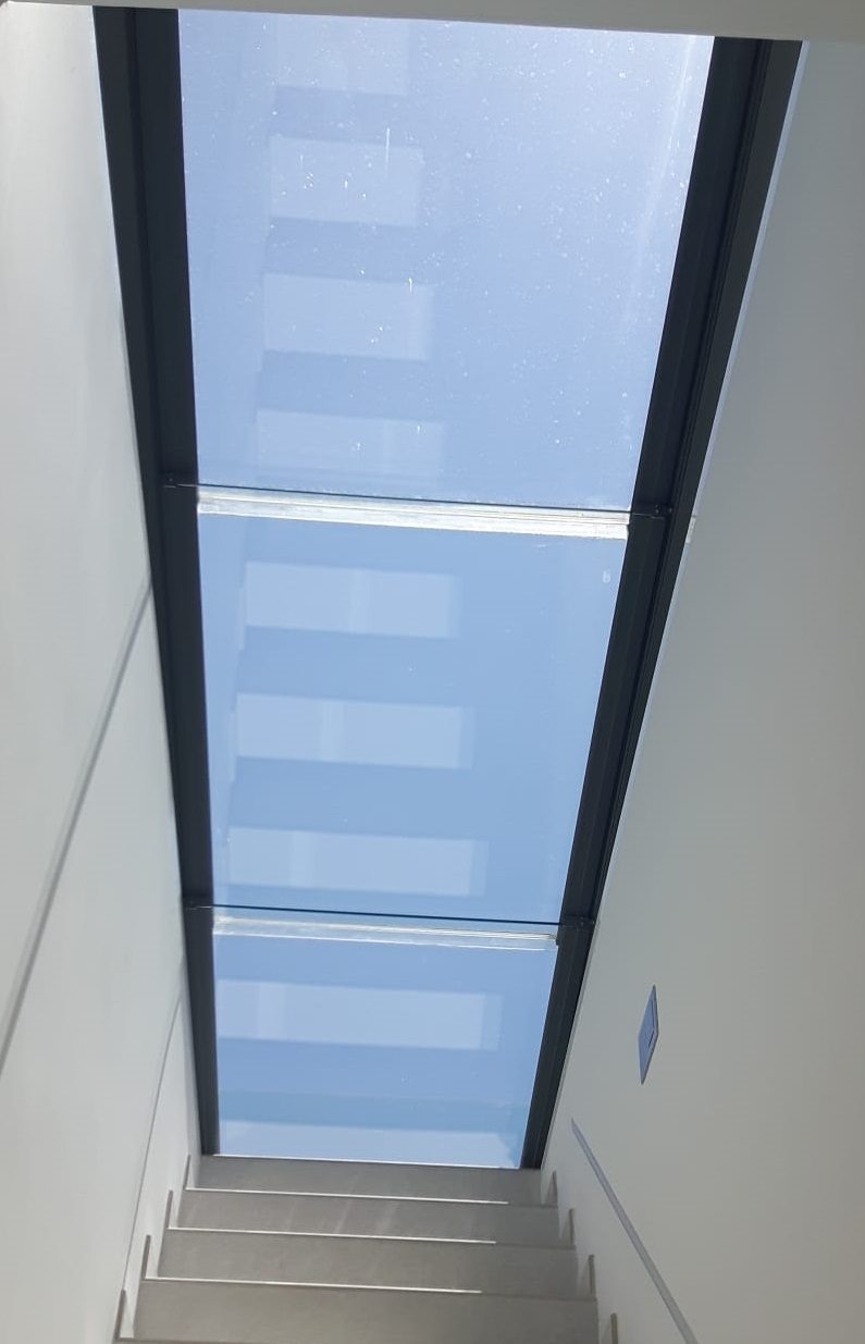 Instalación de techo móvil de cristal en Palma de Mallorca