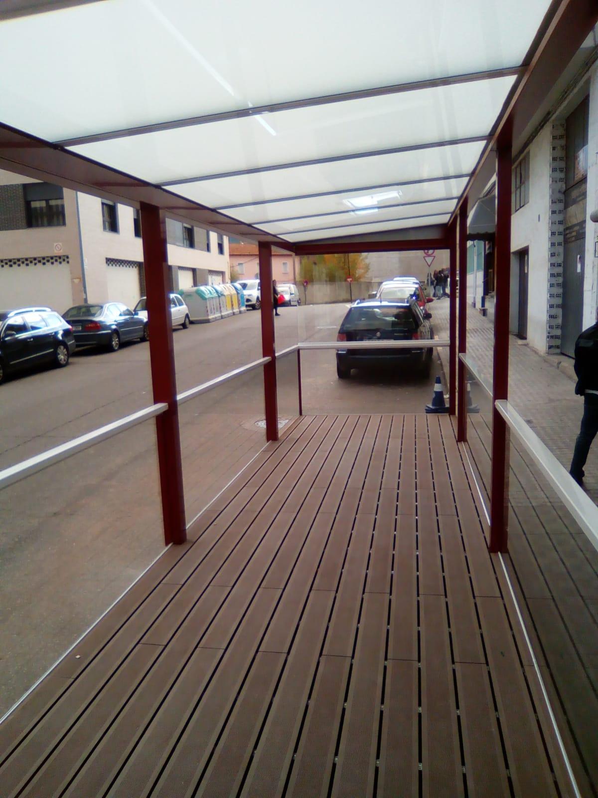 Instalación techo fijo de cristal. Huesca