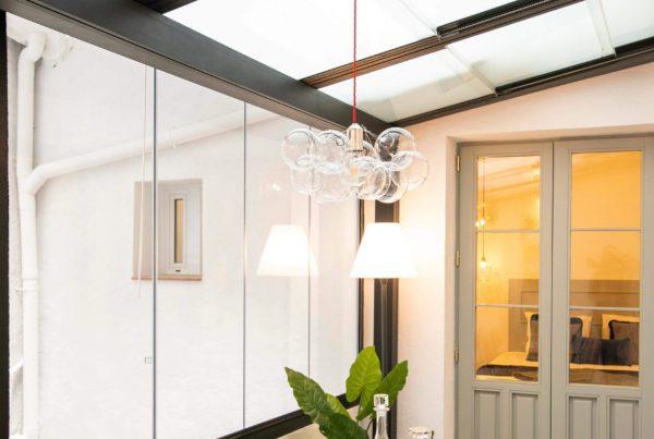 Instalación techo móvil de crista traslucido. Girona