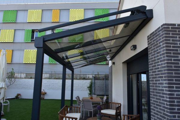Instalación techo fijo de cristal control solar. Madrid